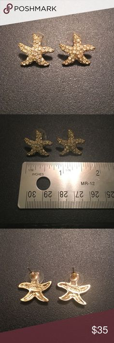 Lilly Pulitzer Starfish Earrings Never worn!! Super cute. Lilly Pulitzer Jewelry Earrings