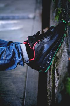 Nike Air Max 90 HYP ID 'Yeezy' via sneakers-actus