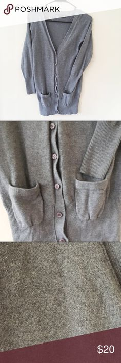 ✨PRICE DROP✨ZARA Gray Sweater Cardigan I LOVE THIS CARDIGAN! It's been loved my friends, and was very well taken care of. Now it's time for it to move on to someone else's closet! A go-to Cardigan for any style you are in the mood to wear it with. Zara Sweaters Cardigans