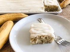 The BEST Banana Bars with Cream Cheese Frosting | The Butcher's Wife Banana Recipes Easy, Banana Dessert Recipes, Easter Recipes To Make, Desserts To Make, Yummy Snacks, Delicious Desserts, Yummy Treats, Banana Bread Bars, Apple Bread