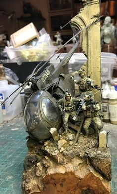 Simple Tips And Advice To Get Started In Arts And Crafts. Military Diorama, Military Art, Military Action Figures, Scale Art, Model Maker, Wargaming Terrain, Military Modelling, Model Airplanes, Toy Soldiers