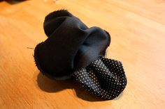Pussukka ohje 14 Doilies, Baby Shoes, Clothes, Diy, Fashion, Outfits, Moda, Clothing, Bricolage