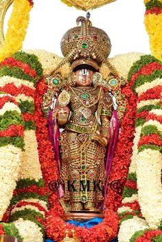 Thirumalai rathnangi sevai on the event of jyeshtabishaekam ! Radhe Krishna Wallpapers, Lord Vishnu Wallpapers, Krishna Statue, Krishna Art, Krishna Drawing, Lord Balaji, Lord Shiva Hd Images, Lakshmi Images, Baba Image