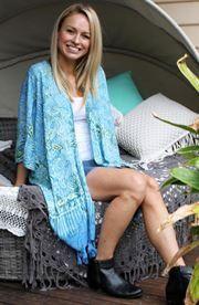 Bijou Blissful Blue Kimono Blue Kimono, Kimono Top, Crochet Cape, Barefoot Blonde, Indian Summer, Bohemian Style, Boho Fashion, Fashion Online, Cover Up