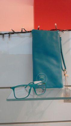 pochette ed occhiali abbinati ...x un Buon Natale #idea #gift #natale #treviso #pochette #eyewear #occhiali #veneto #handmade