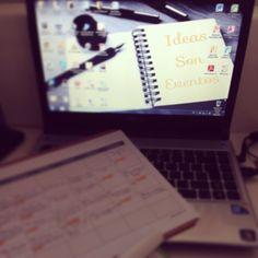 Aquí llevo todo el día sentada trabajando sin parar y lo que me queda... ¿Cómo lleváis la tarde? #ideassoneventos #work #trabajo #ideas #proyectos #blog #todoesfuerzotienesurecompensa #ilusión #esfuerzo #ganas #myblog #ideassoneventoswork #personalshopper #weddingplanner #working #workinggirl #photooftheday #picoftheday #job #myjob #instalife #instagood #instamoments