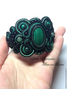 Сутажный браслет с малахитом - зелёный,черный,браслет,сутажное украшение