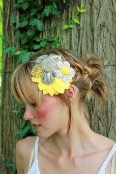 love this flower on the headband