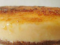 Receta de tarta de crema catalana con Thermomix Bakery Recipes, Sweets Recipes, Pie Recipes, Recipies, Spanish Desserts, Delicious Desserts, Yummy Food, Desserts With Biscuits, Thermomix Desserts