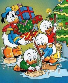 Billedresultat for disney julebilleder Walt Disney, Disney Duck, Disney Love, Disney Mickey, Disney Merry Christmas, Christmas Cartoons, Christmas Characters, Christmas Art, Vintage Christmas