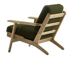 Buy Hans J Wegner Style Armchair with FREE UK delivery. Swivel UK supply the highest quality reproduction furniture to buy online Contemporary Armchair, Modern Armchair, Pallet Furniture, Furniture Design, Outdoor Furniture, Furniture Ideas, Old Chairs, Outdoor Chairs, Reproduction Furniture