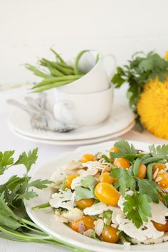 Shaved Cauliflower Salad #travellingdietitian #thecleanseparation #vegetables #healthy www.travellingdietitian.com