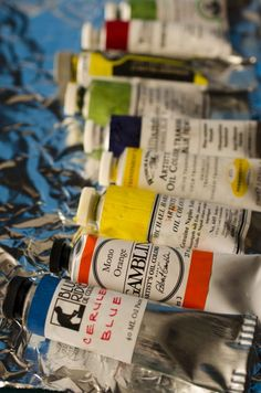 Oil Paint Reviews & Advice by Jeff Chester 1. Use ONLY linseed and walnut oils! (non-yellowing poppy is more prone to cracking!) N.B. ZINC white can cause cracked paint layers!Top ranked are Blue Ridge Artist Colors made by Eric Silver, NC; Gamblin,Williamsburg Handmade (for earth tones); Rembrandt, and Winsor & Newton.