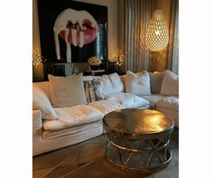 Kylie Jenner Has A Major Problem With Her £1.8 Million House | Look