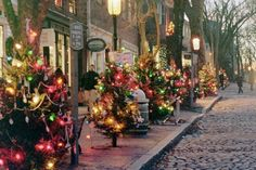 #Nantucket Christmas Stroll! Beautiful photo #ack #holiday