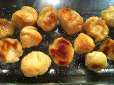 The easiest homemade pretzel bites.  Modern-Day-Moms tried various recipes, but this is the easiest version AND is her favorite. Gotta love that rare combination :^)...