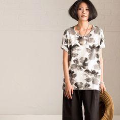 Ink flower t-shirt for women summer top