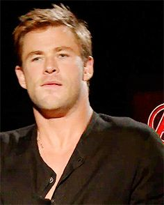 simply chris hemsworth More Chris Hemsworth Thor, Elsa Pataky, Hot Actors, Actors & Actresses, Snowwhite And The Huntsman, Hemsworth Brothers, Avengers Imagines, Australian Actors, Books