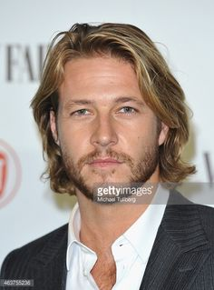 Actor Luke Bracey attends the Vanity Fair And Fiat Toast To 'Young Hollywood' in support of the Terrence Higgins Trust at No Vacancy on February 17, 2015 in Los Angeles, California.