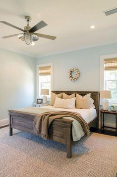 Pretty Photo of Modern Farmhouse Bedroom Decor Ideas - Todosobre - Travel And Enjoy Living Small Master Bedroom, Master Bedroom Design, Dream Bedroom, Home Decor Bedroom, Master Bedrooms, Bedroom Designs, Bedroom Ceiling, Diy Bedroom, Bedroom Simple