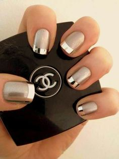 Nail-trends-summer-2013-silver-nails.jpg 480×641 pixels  Love these Chrome look nails! #Chrome #NailArt #Manicure #Chanel #Fashion