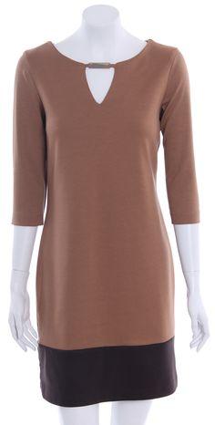 Nueva Colección Otoño Invierno 2012 Vestido combinado con franja baja