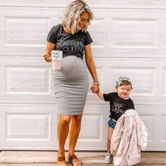 Fall Maternity Outfits, Maternity Wear, Winter Pregnancy Outfits, Pregnancy Fashion, Stylish Maternity Clothes, Fall Maternity Fashion, Maternity Shirts, Maternity Styles, Maternity Pictures