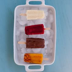 Paletas - Mexican Popsicles For Cinco De Mayo Pineappleandcoconut.com #CincoDeMayo #holidayfoodblog