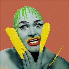 Werner Pawlok- Portrait of Leigh Bowery displaying queer sartorial art and avant-garde fashion, Retrieved from Art Blart. Leigh Bowery, Estilo Club, Blitz Kids, Queer Art, New Romantics, Drag, Portraits, Portrait Paintings, Club Kids