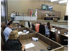 Votado em segundo turno projeto dos taxistas em Passos http://www.passosmgonline.com/index.php/2014-01-22-23-07-47/politica/3436-votado-em-segundo-turno-projeto-dos-taxistas-em-passos