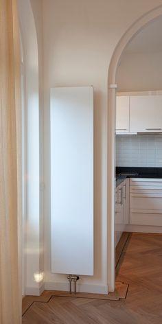 hudson reed radiateur design vertical blanc vitality 180cm x 23 6cm x 7 8cm 810 watts hudson. Black Bedroom Furniture Sets. Home Design Ideas