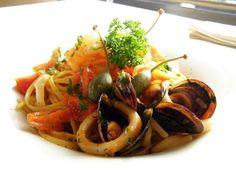 Prânz cu fructe de mare Seafood, Ethnic Recipes, Sea Food, Seafood Dishes