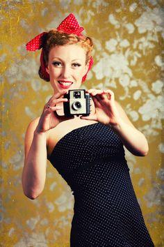 Ten model art photographs from - InspiredStream Pin Up Vintage, Vintage Models, Vintage Beauty, Vintage Fashion, 1940s Woman, Pin Up Photos, Pin Up Photography, Art Model, Portrait Inspiration