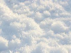 Clear snow