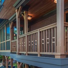 Although ancient inside idea, your pergola may be encountering a current renaissance these kind of Wood Porch Railings, Porch Railing Designs, Deck Stair Railing, Loft Railing, Balcony Railing Design, Front Porch Design, Railing Ideas, Craftsman Porch, Casa Patio