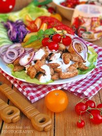 Cobb Salad, Tacos, Cheese, Meat, Ethnic Recipes, Food, Essen, Meals, Yemek