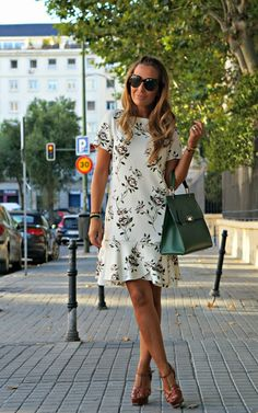 Cool Street Fashion, Street Style, Nice Dresses, Short Dresses, Summer Chic, Pregnancy Outfits, Spring Dresses, Western Wear, The Dress