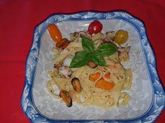 Lulu - Povesti din Bucatarie: Tagliatelle cu fructe de mare Chicken, Meat, Food, Eten, Meals, Cubs, Kai, Diet