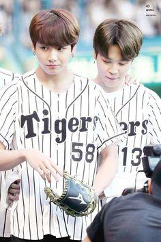 Jungkook and Jimin ❤ BTS At The Hanshin Tigers vs Nippon Ham Fighters Baseball Game! For the ceremonial first pitch~ (PRESS - Bts Jungkook, Taehyung, Seokjin, Kim Namjoon, Jung Hoseok, Btob, K Pop, Bts Twt, Culture Pop