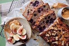 This is honestly the easiest banana bread recipe ever. Blueberry Banana Bread, Easy Banana Bread, Banana Bread Recipes, Runner Beans, Vegan Desserts, Pecan, Dairy Free, Gluten, Sweets