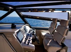 Wally // 47 (power boat) interior
