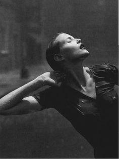 Stern - Let it rain - Nadja Auermann - Aug 1996