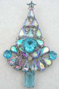 Aqua Aurora Teardrop Christmas Tree Brooch - Garden Party Collection Vintage Jewelry
