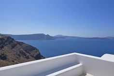 Clean lines, opulence and heavenly views only at the Canaves Oia villa! Oia Greece, Santorini Villas, White Elegance, Travel Maps, Archaeological Site, Luxury Villa, Clean Lines, Heavenly, Blue