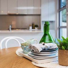 It's important to get all the little details right in each property staging #realestateadelaide #propertystaging #propertystyling #propertystylist #propertystagingadelaide #propertystylistadelaide #realestate #inarcdesign #inarcinteriordesign #homestyle #homesweethome #realestatestyling #presalestyling