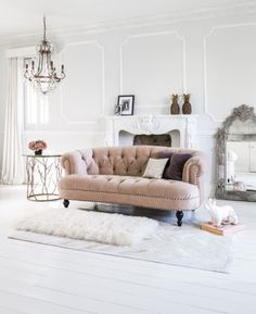 Our beautiful dusky pink Chablis & Roses Pink Sofa