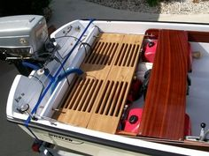 Richard Messineo uploaded this image to 'Whaler repair'.  See the album on Photobucket.