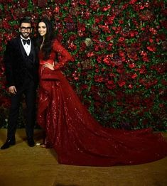 Deepika Padukone And Ranveer Singh Dazzle At Their Last But One Reception Party For The Film Fraternity - HungryBoo Deepika Ranveer, Ranveer Singh, Deepika Padukone, Bollywood Fashion, Bollywood Actress, Desi Wedding, Wedding Stuff, Bridal Anarkali Suits, Reception Gown
