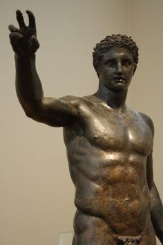 The bronze Antikythera Youth c 340 BCE The post Visiting the National Archaeological Museum of Athens appeared first on Garden ideas - Architecture Ancient Greek Sculpture, Ancient Art, Ancient History, History Encyclopedia, Funny Fathers Day Gifts, Archaeological Discoveries, Early Middle Ages, Greek Art, Ancient Greece