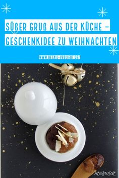 You can enjoy this delicious spread of speculaas and nut nougat quite simply. - Crafts For Christmas Diy Weihnachten, Christmas Crafts, Creme, Canning, Super, Breakfast, Food, Almond Cookies, Morning Coffee